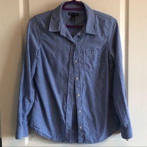 Women's Gap Button Down Boyfriend Shirt
